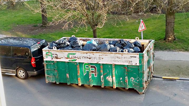 container de clean désinfection pour nettoyage diogène à bruxelles